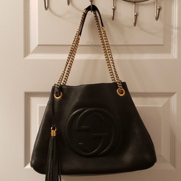 Gucci Handbags - FLASH SALE! GUCCI SOHO CHAINED SHOULDER BAG